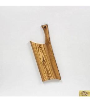 Tagliere da legno di ulivo recuperato.