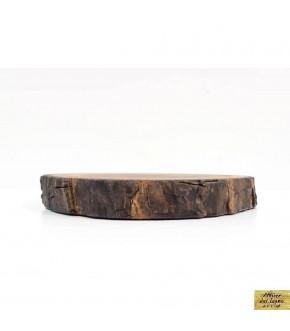 Tagliere circolare creato da legno di recupero di noce.