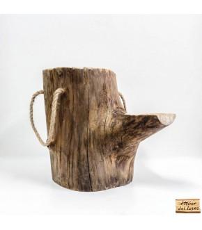 Sgabello in legno di pino, da tronco recuperato