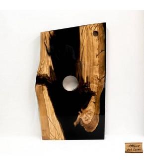 Piano lavabo artigianale, da legno di ulivo.