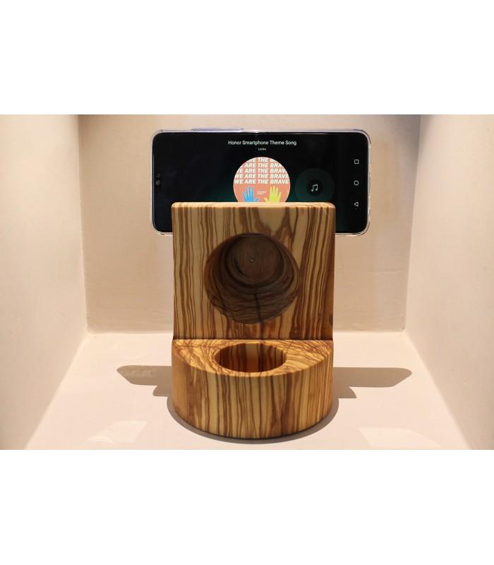Diffusore suoni ed essenze in legno d'ulivo.